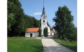 pokopalisce-dragomer-cerkev.jpg