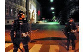 policijaprotesti.jpg