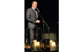 Ob slovenskem državnem prazniku je zbrane nagovoril župan Franc Setnikar.