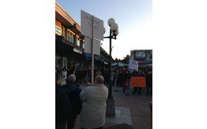 Protestirajo tudi Primorci. Foto: Toni Dugorepec