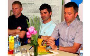 Predsednik PD Bohinjska Bistrica Damjan Gašperin, strokovni sodelavec PZS Matjaž Šerkezi in generalni sekretar PZS Matej Planko. Foto: Zdenka Mihelič