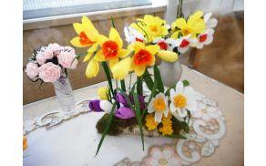rozeizkreppapirja-pomlad.jpg