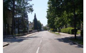 Bodo tudi na Škrabčevi ulici stali parkomati? Foto: Wikipedia.