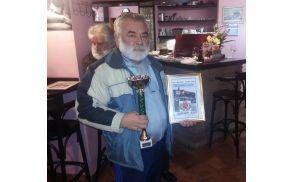Priznanje za najbolšo salamo je prejel Radenko Simič, foto: Janez Medvešček