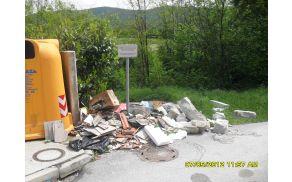 Takšno odlaganje odpadkov je kaznivo. Foto: Erik de Posarelli
