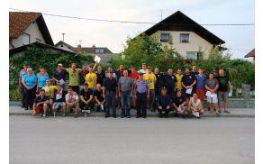 Ena skupinska na Velikem vrhu. Foto: Sara Spačal