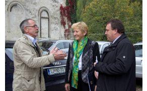 Irena Majcen, ministrica MOP RS, Branko Petre, župan in Franci Zidar, lastnik gradu Lemberg