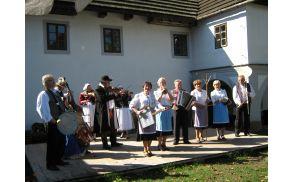 *Joškova banda in češka folklorna skupina Barunka zaigrali skupaj