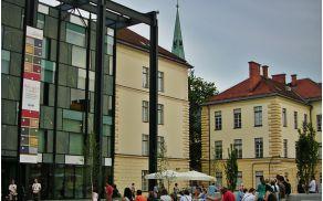 slovenski_etnografski_muzej_z_zunanjimi_povrinami.jpg