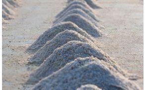 Pri KPL lahko dobite sol za posipavanje tal v zimskih mesecih.