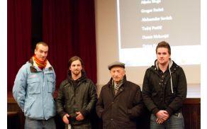 Organizatorja filmske predstave z avtorjema filma