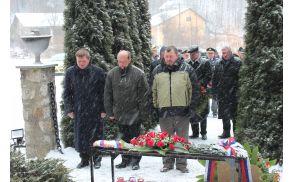 Polaganje venca delegacije občine Vojnik