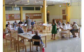 Pri pripravi Strategije razvoja Občine Log - Dragomer so sodelovali tudi občani. Fotografija je nastala na prvi strateški delavnici.