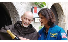 Sunita Williams na Blejskem gradu.