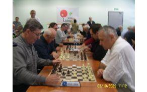 OT v šahu - ekipno , na sliki levo tekmovalci iz DI Slovenj Graddec