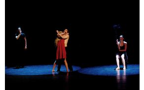 Predstava Tango. Foto: Ivan Vinovrški, SNG Maribor