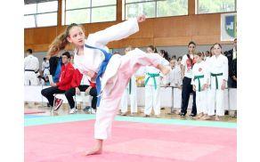 Karateistka Tea Savec ponovno na stopničkah