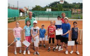 Lanskoletni uspešno zaključen tečaj tenisa