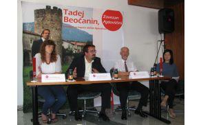 Utrinek s tiskovne konference v volilni pisarni na Lavričevem trgu