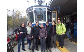 belo modri tramvaj