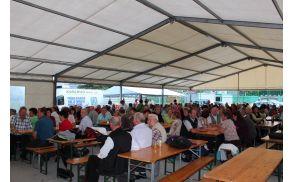 Udeleženci lanskoletnega občnega zbora DU