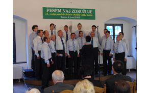 Revija pevskih zborov v Velikih Laščah. Foto: Zmago Lovišček