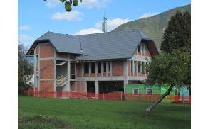 Večnamenska dvorana v Kovorju je pod streho