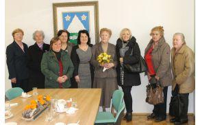 Zborovodkinja Vera Clemente Kojić je prejela srebrno plaketo JSKD.