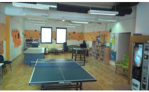 V mladinskem centru lahko otroci sproščeno in kakovostno preživljajo prosti čas.
