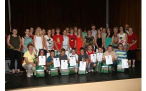 Dobitniki priznanj župana Občine Vransko za dosežene uspehe z mentoricami