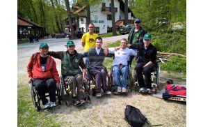 zmagovalna ekipa koroških paraplegikov