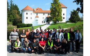 Udeleženci zaključne vožnje na Bogenšperku. Foto: Anže Kočar