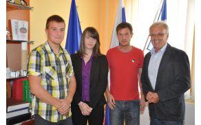 Urban Remic, Saša Jelen, Jurij Strouhal (namesto Katje Strouhal) in župan Vilko Jazbinšek