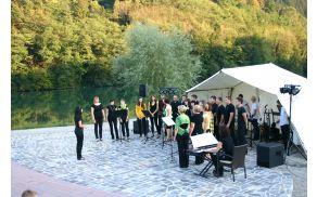 koncert pri Mitnici