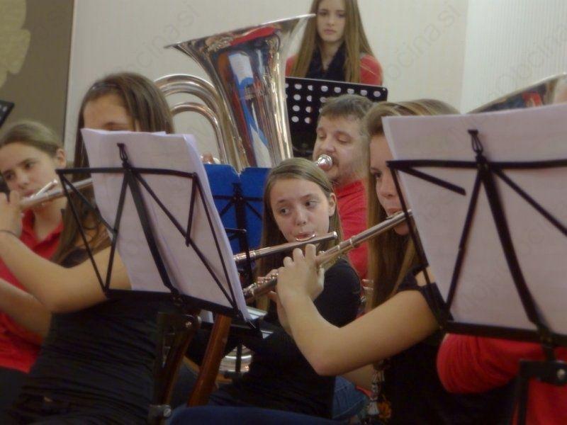Božično - novoletni koncert Glasbene šole Radovljica
