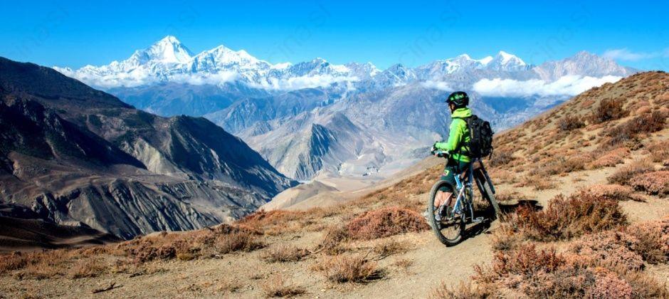 S kolesom okrog Annapurn, potopisno predavanje Mojce Odar