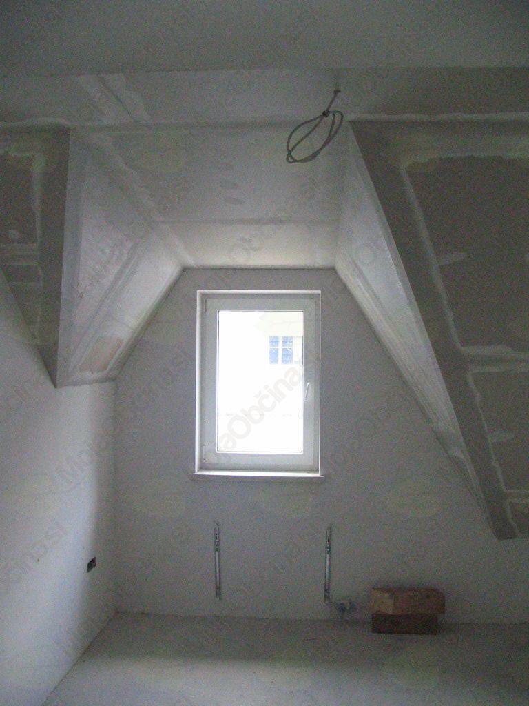 razgibani strop