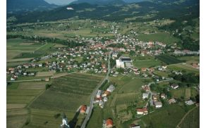 oplotnica-panorama.jpg