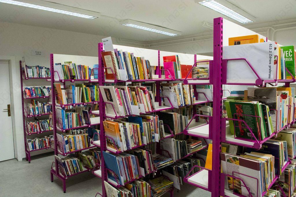 Veseli december pričeli z odprtjem prenovljene Knjižnice Ivančna Gorica