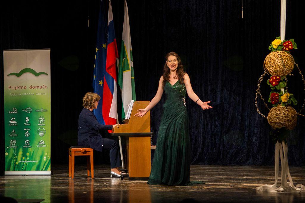 S sopranistko Jerico Steklasa počastili slovenski kulturni praznik