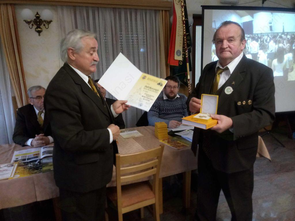 Občna zbora čebelarskih društev Stična ter Krka in Zagradec