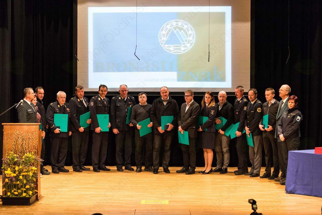 Priznanja Civilne zaščite posamezniku in društvu iz občine Ivančna Gorica