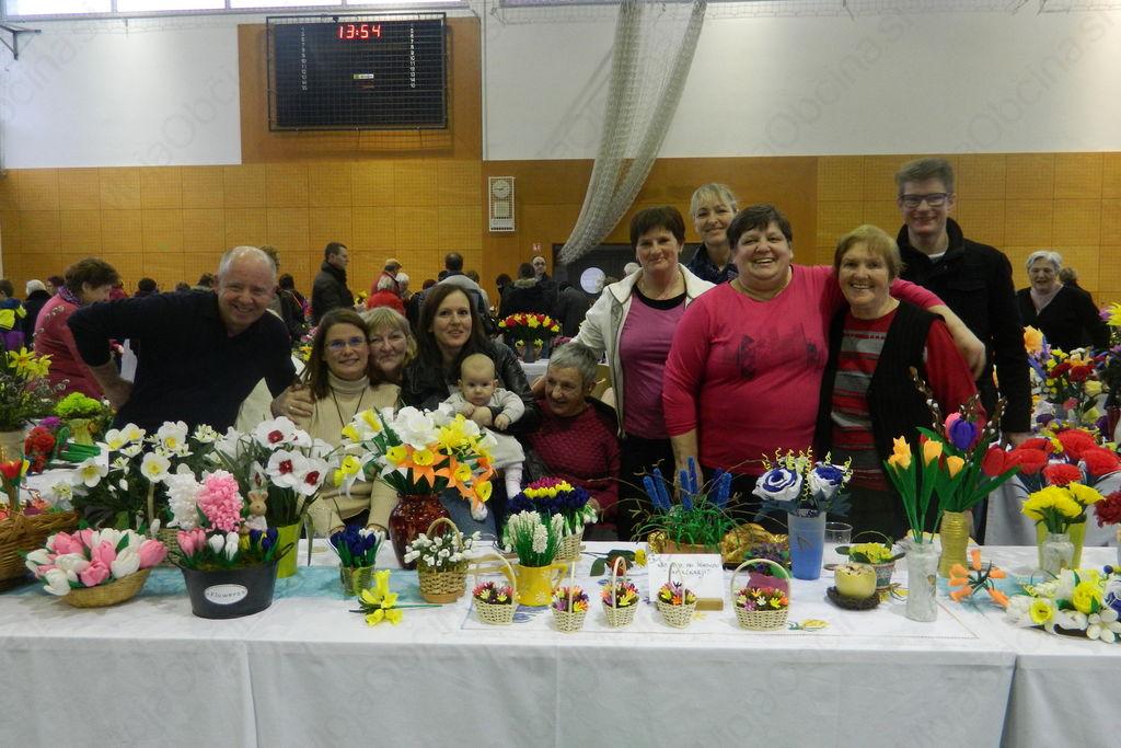 »Papirčkarji« iz naše občine na vseslovenski razstavi rož iz papirja