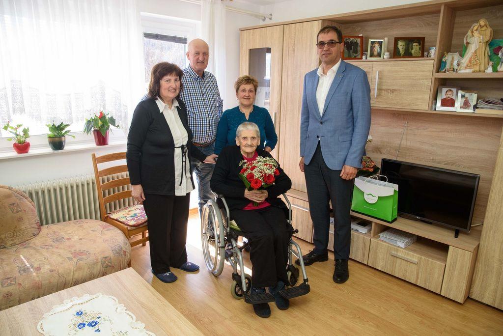 90 let Frančiške Zaletelj iz Kuželjevca