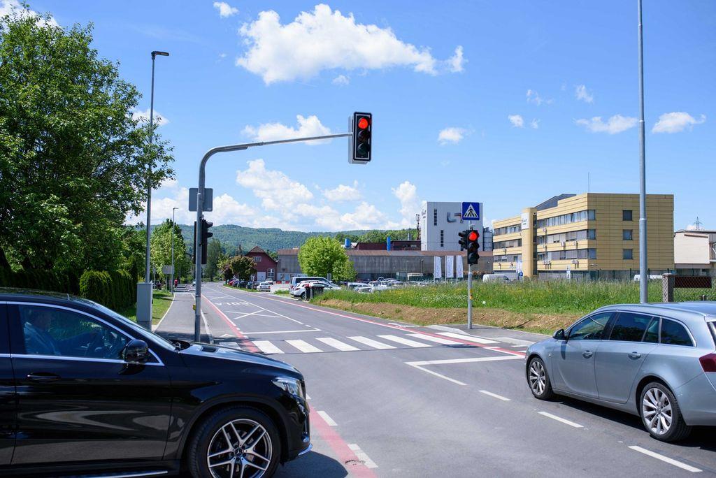 Pojasnila k pravilni uporabi semaforja na Ljubljanski cesti v Ivančni Gorici