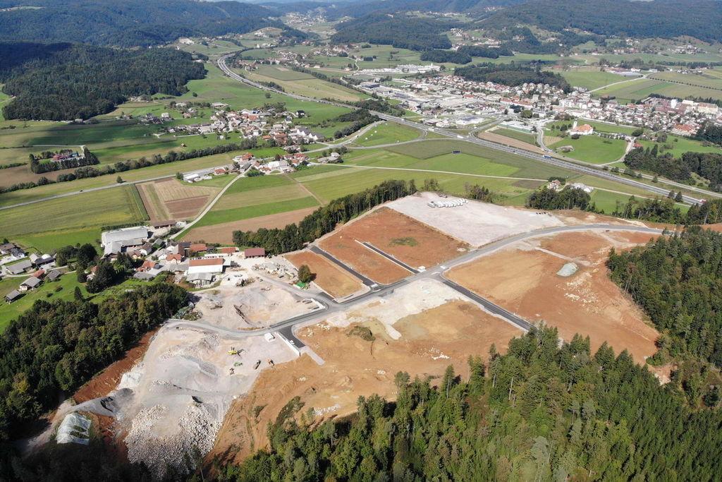 Slovesna otvoritev projekta izgradnje nove gospodarske cone Škrjanče