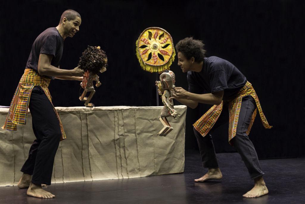 Afriško sonce, prva predstava otroškega abonmaja