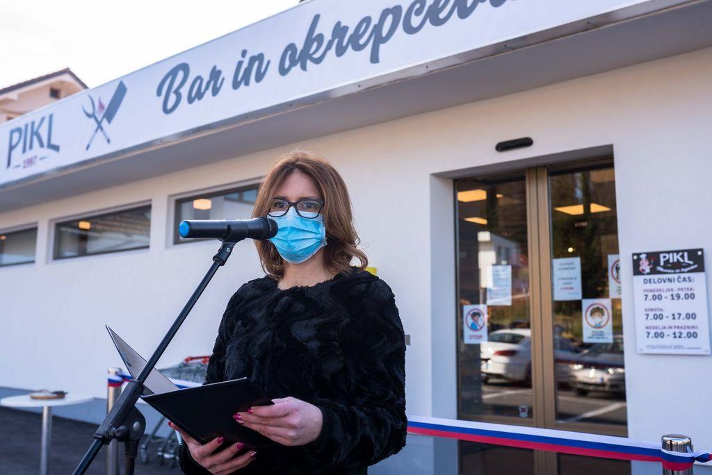 Odprtje novega trgovskega kompleksa podjetja Pikl v Ivančni Gorici