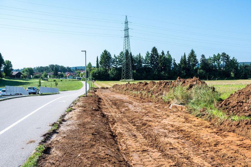 V Ivančni Gorici se je začela gradnja kolesarskih povezav