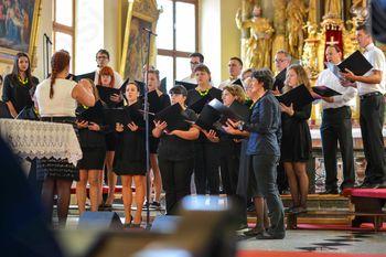Pevci in literati Kulturnega društva Krka obeležili 20-obletnico delovanja